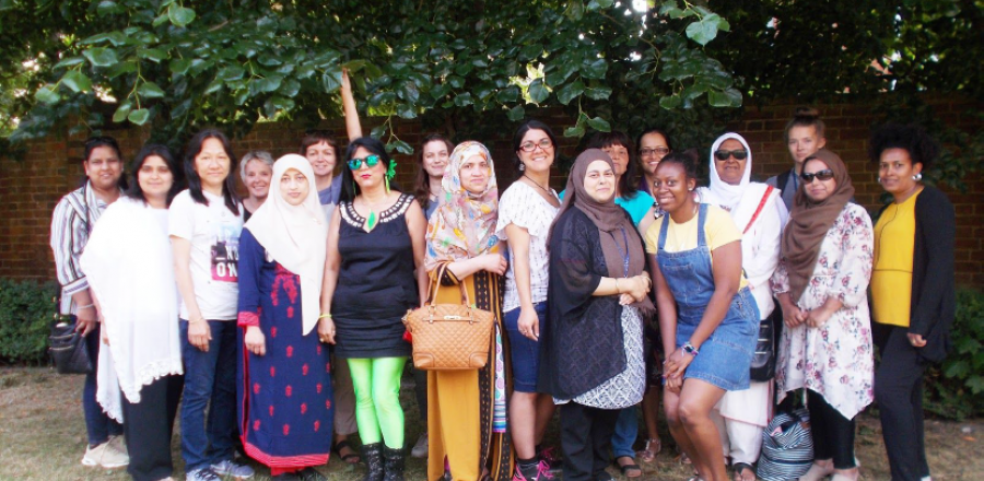 Portsmouth's Cross Cultural Women's Group following Aspex's PONToon aigital arts workshop